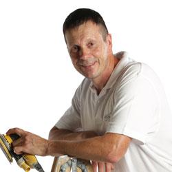 Rainer Weinitschke, Mitarbeiter des Malerbetriebs Ralph Henning